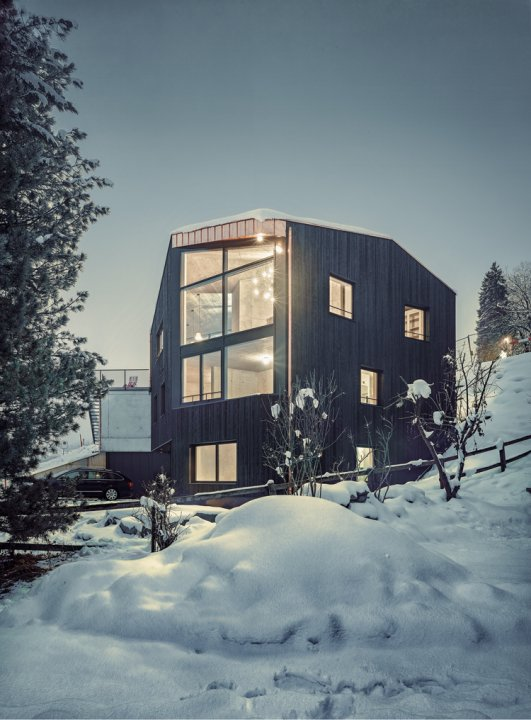 Haus in Flims von Architektin Dominique Meier.